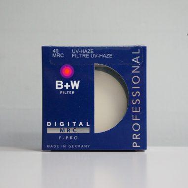 B+W UV-HAZE MRC F-PRO 010M Filter – 49mm / E49